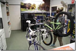 2009-06-26 Wolves Bike Den 480-800